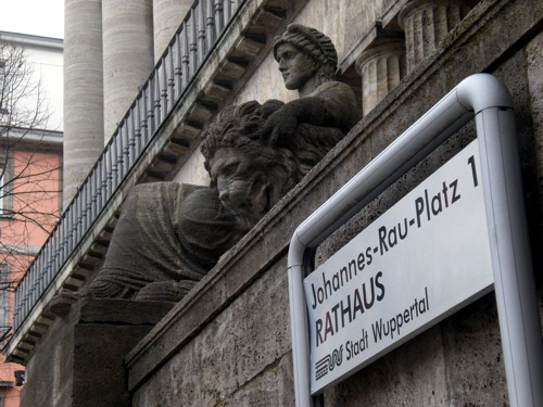 Rathaus Barmen Skulptur